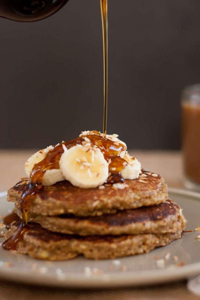 gluten-free-banana-pancakes-1